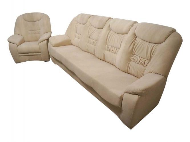 Wygodny jasny wypoczynek z fotelem