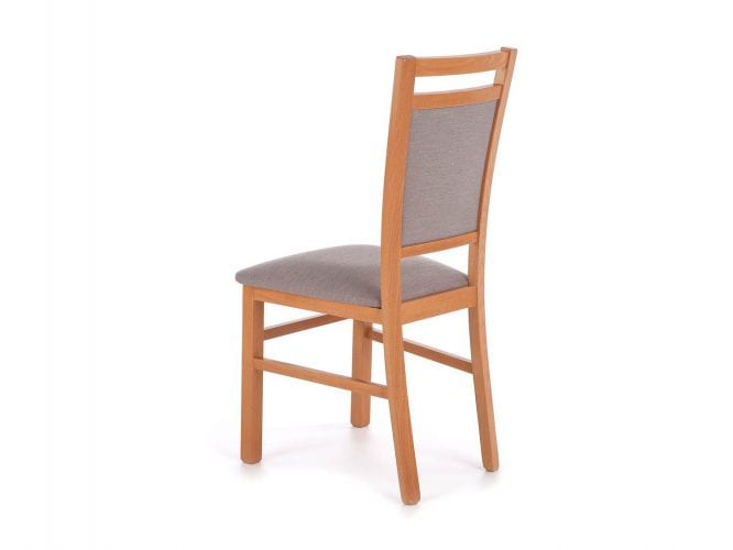 Krzesło w kolorze olchy